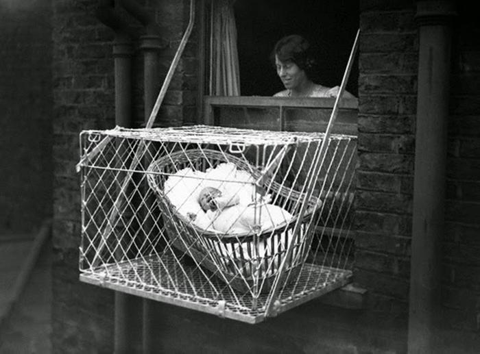 London-baby-cages-1930s-(4)-1-