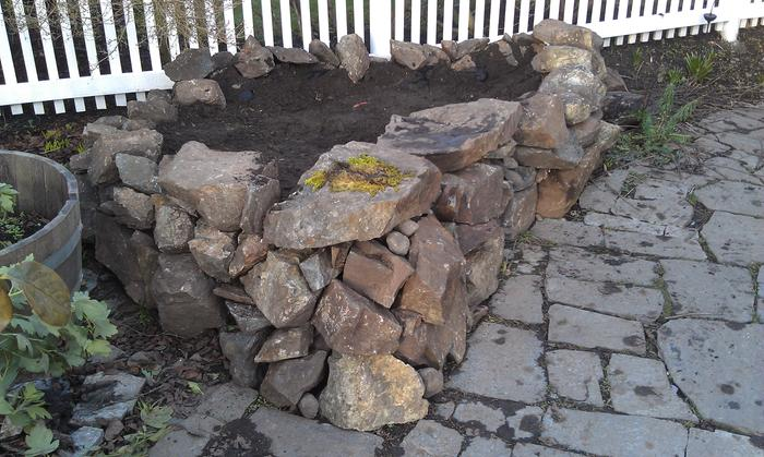 dry stack stone planter