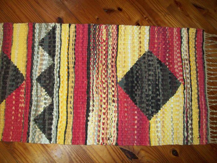 one of my finished rugs