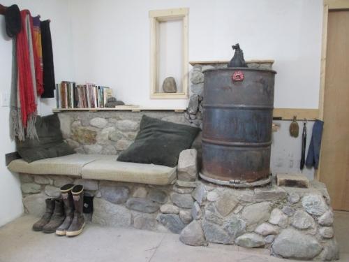 Rocket mass heater plans cabin 8 rocket mass heater for Decorative rocket stove