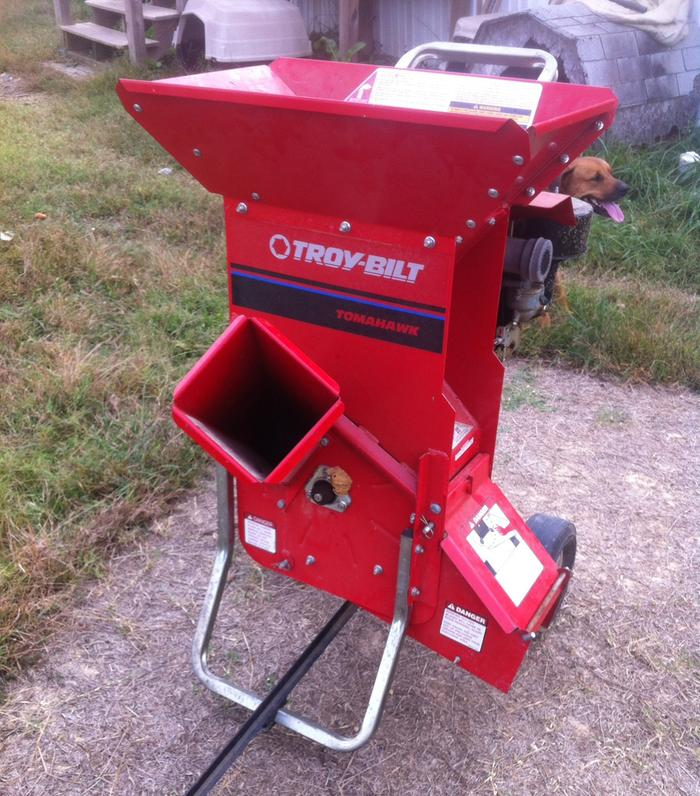 It S An 8hp Garden Way Troy Bilt Tomahawk Chipper Shredder From About 20 Years Ago 1997 List Price 1 249 Dollars I Bought Off A Nice Old Man Of