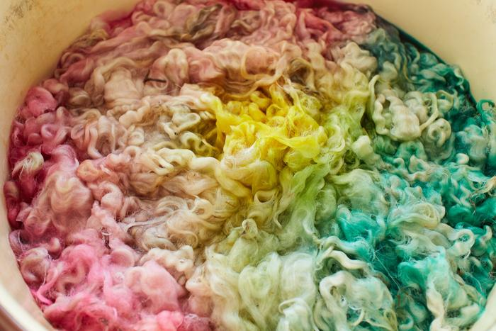 apple blossom dye pot