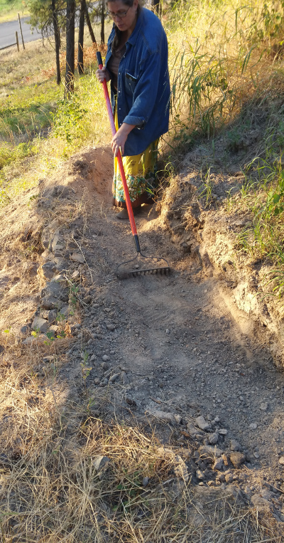 [Thumbnail for building-trail-berm-1.jpg]