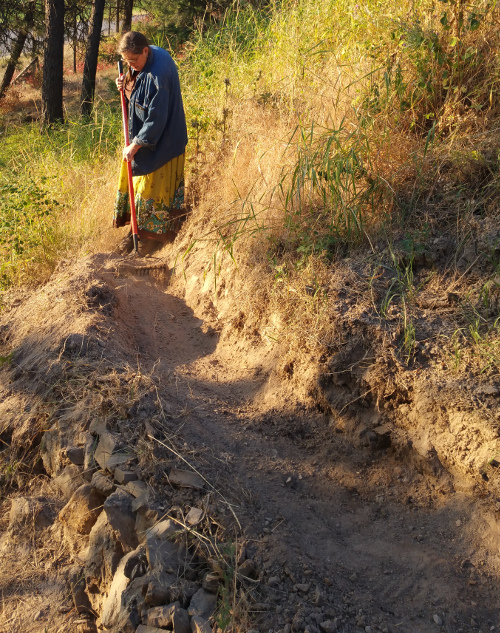 [Thumbnail for building-trail-berm-2.jpg]